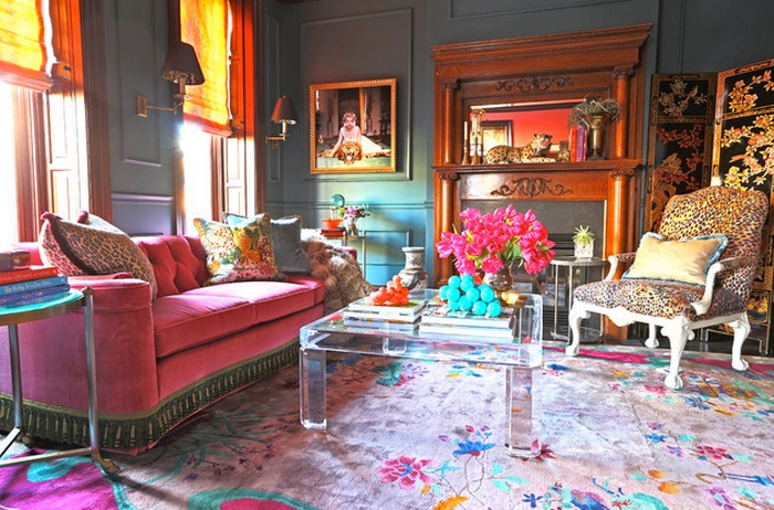 pink-sofa-and-lucite-coffee-table