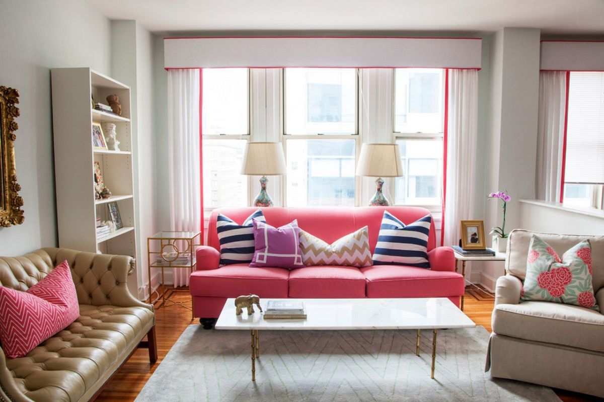 Exceptionnel Pink Sofa And Striped Pillows
