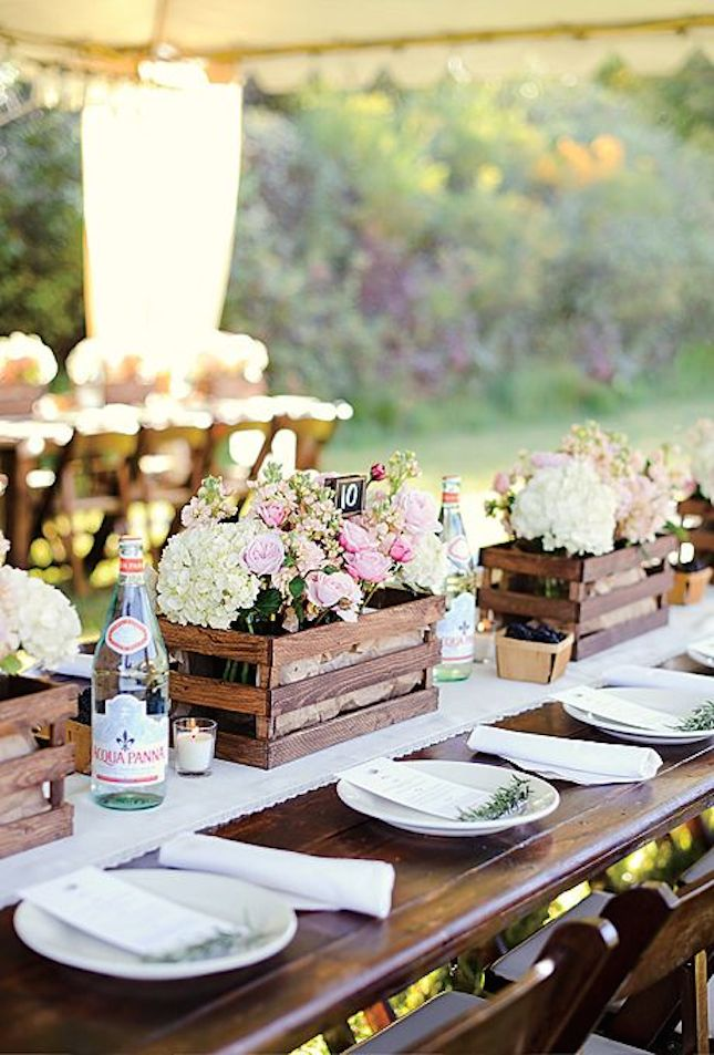rustic-wine-crate-table-decor