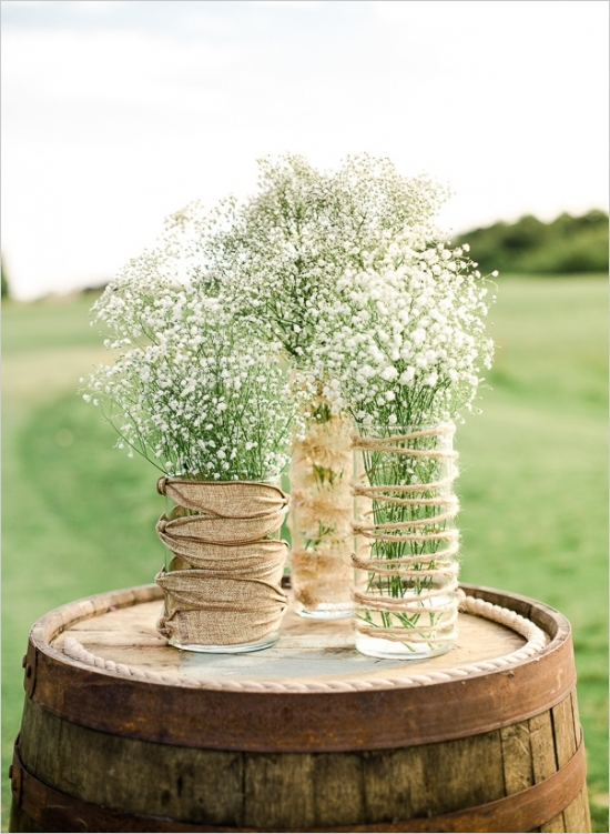 Rustic Wedding Centerpieces Part - 27: Rustically-romantic-wedding-wine-barrel