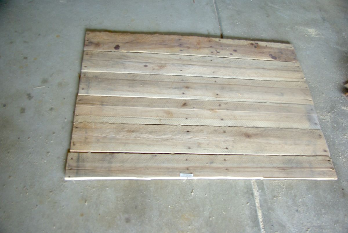 separating-wood-plank