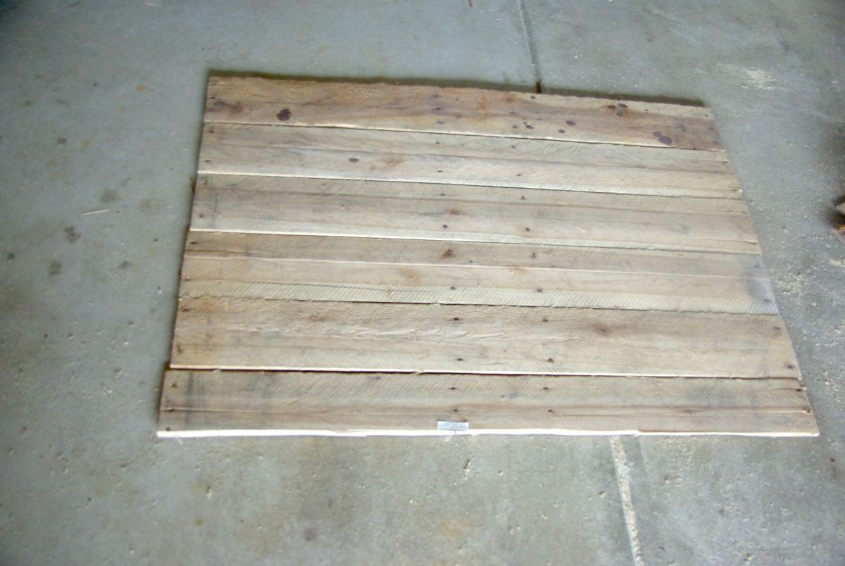separating-wood-plank
