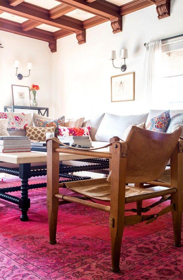 Beginne mit einem Teppich, wenn du dekorierst