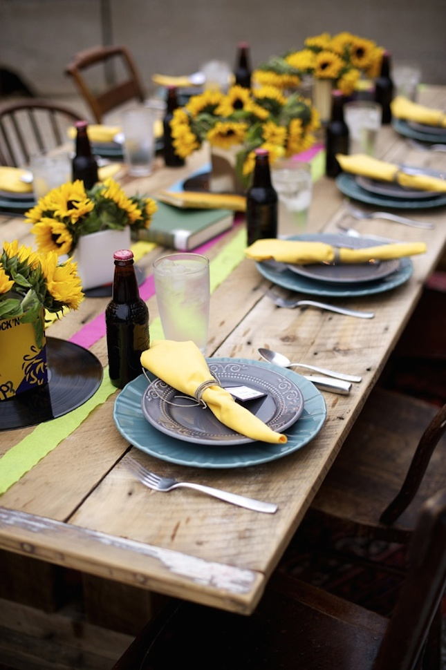 sunflower-themed-party-design