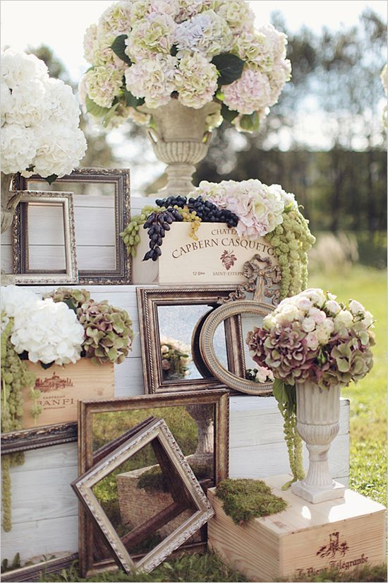 Use Mirrors For A Rustic Wedding