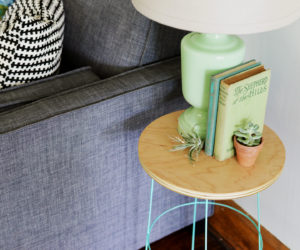 How To Build A Side Table from A Tomato Wire Cage