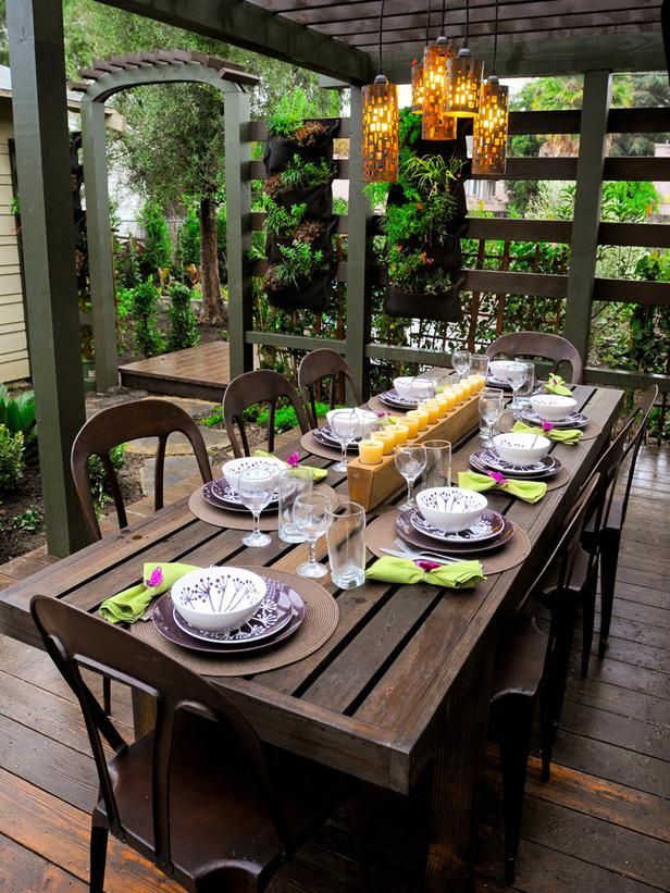 50 outdoor party ideas you should try out this summer for Everyday kitchen table setting ideas