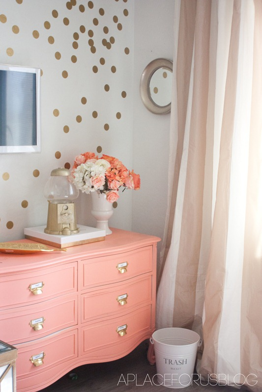 15 youthful bedroom color schemes what works and why for Blue and peach bedroom ideas