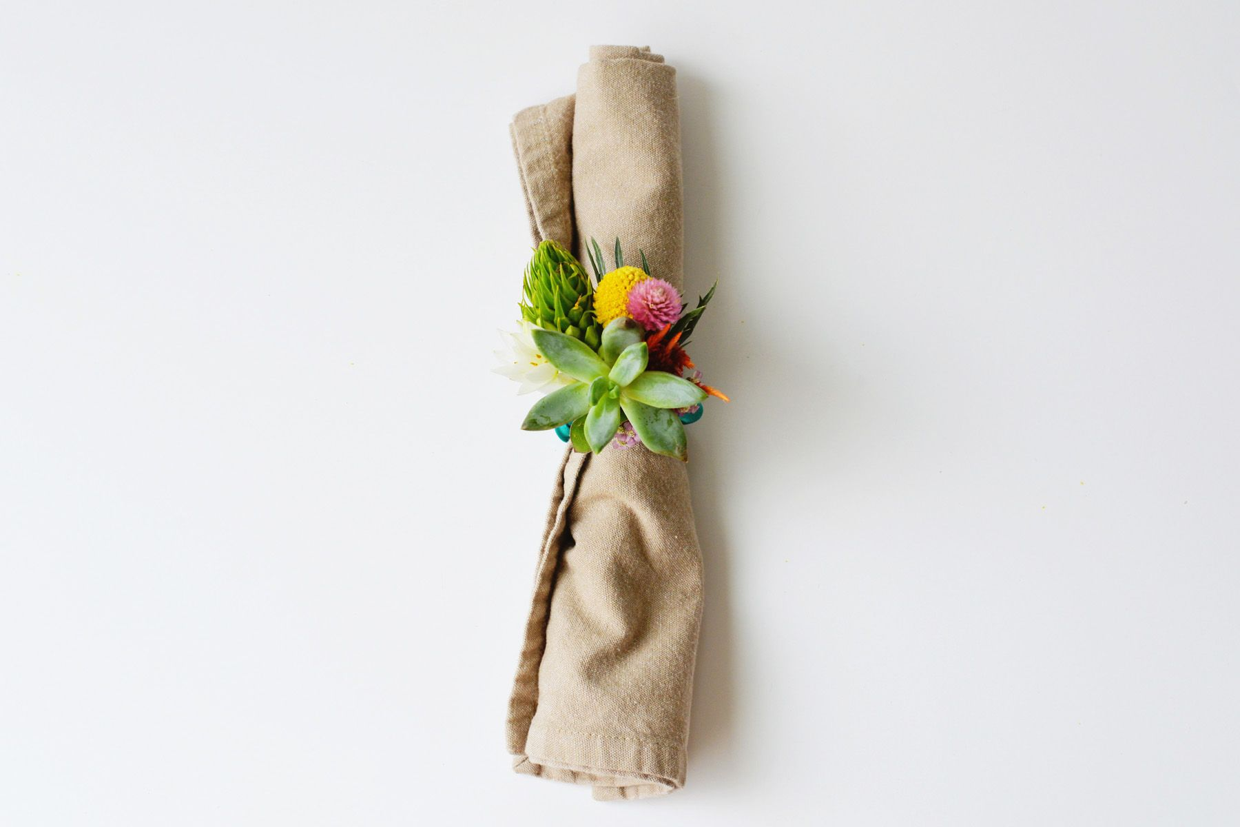 DIY Floral Napkin Rings for Summer