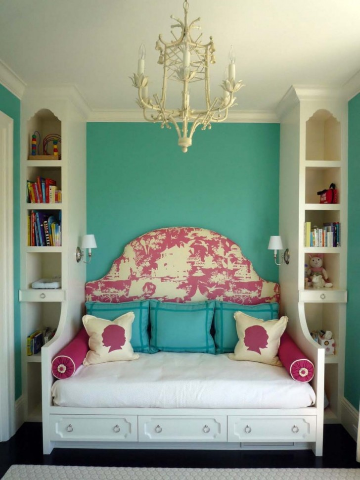 Feminine And Youthful Room