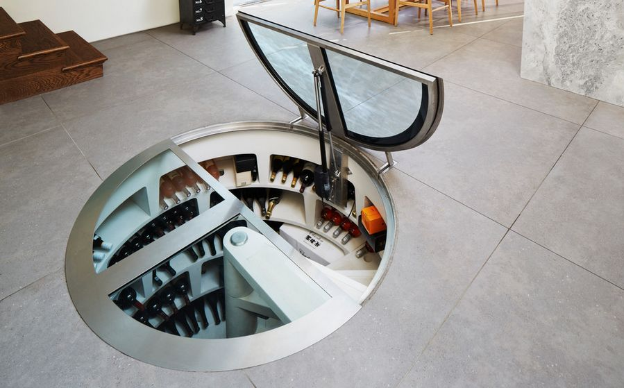 Floor wine storage cellar