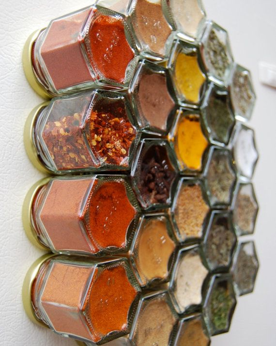 Magnetic-lidded glass spice jars