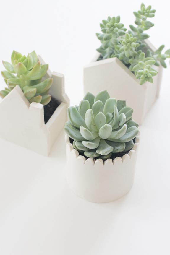 Modern minimalist clay planters