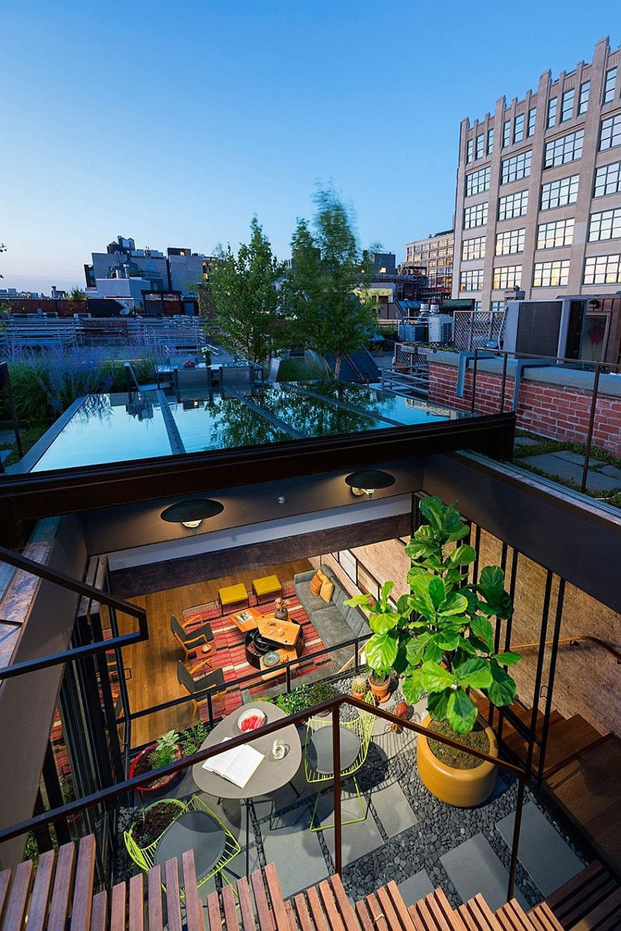 Old warehouse turned into a loft rooftop