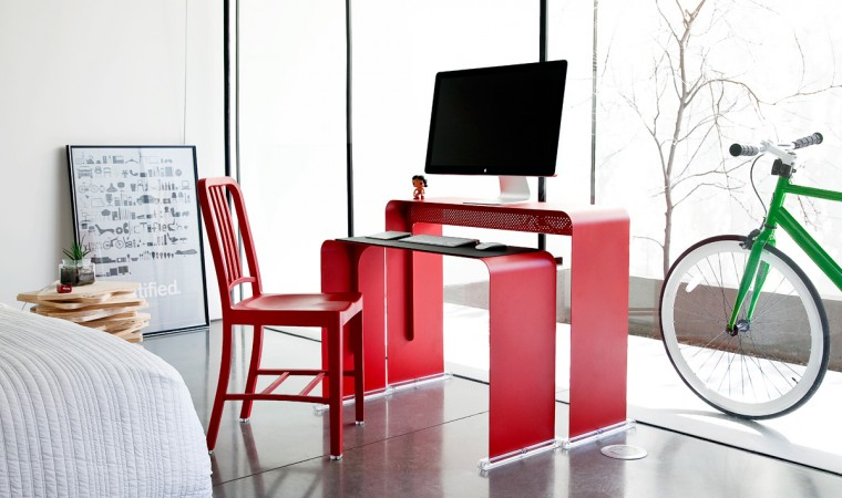 OneLessDesk-Bright-Red