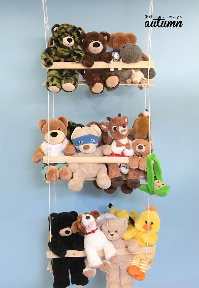 Stuffed animal storage for play room