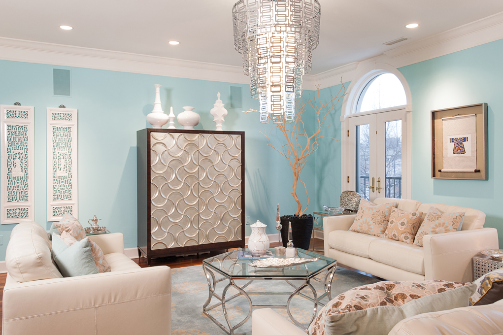 Stylish living room with a touch of luxury. Discovering Tiffany Blue Paint in 20 Beautiful Ways