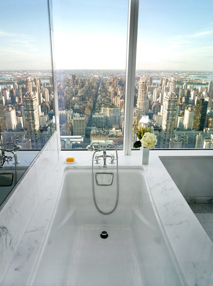 amazing-view-from-bathtub