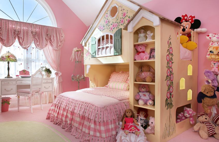 build-a-castle-over-the-bed