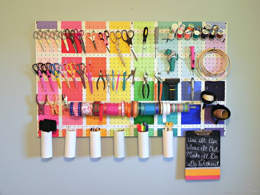 70 resourceful ways to decorate with pegboards and other for Room decoration products