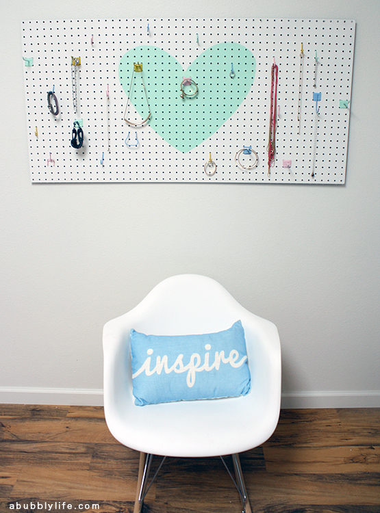 diy-pegboard-jewelry