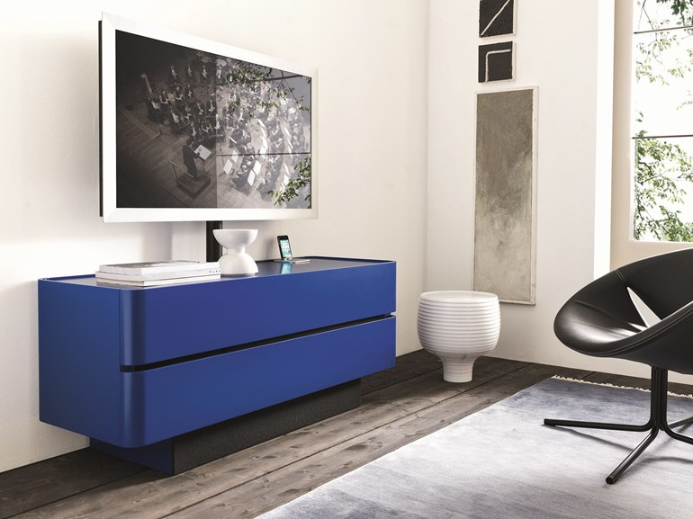 domino-up-lacquered-tv