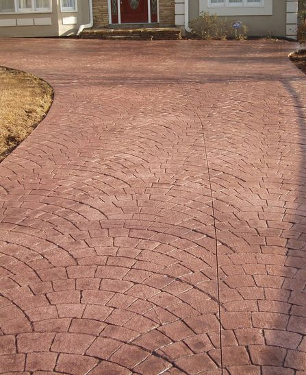 european-fan-paver-front-house