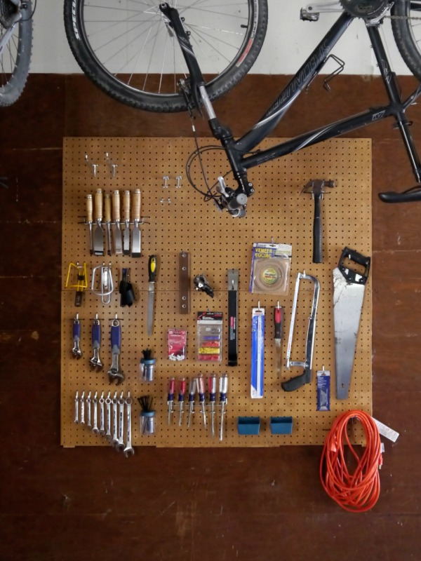 garage-organization-tips-with-pegboard
