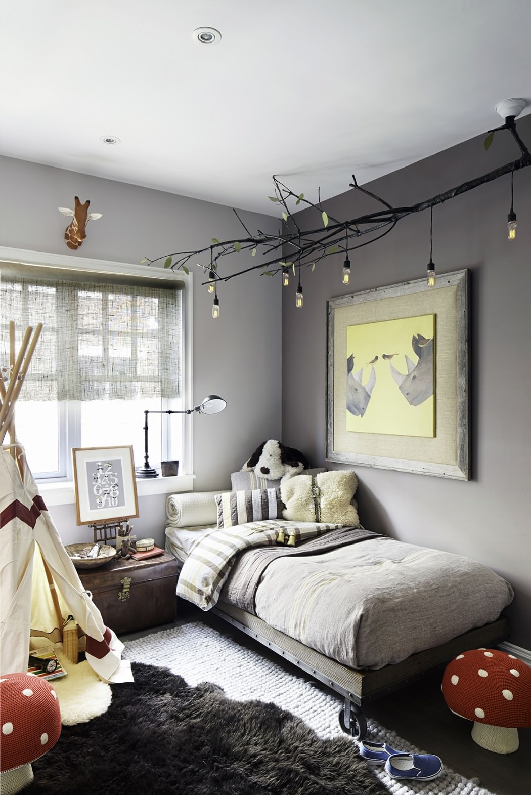 15 youthful bedroom color schemes what works and why for Room decor for 5 year old boy