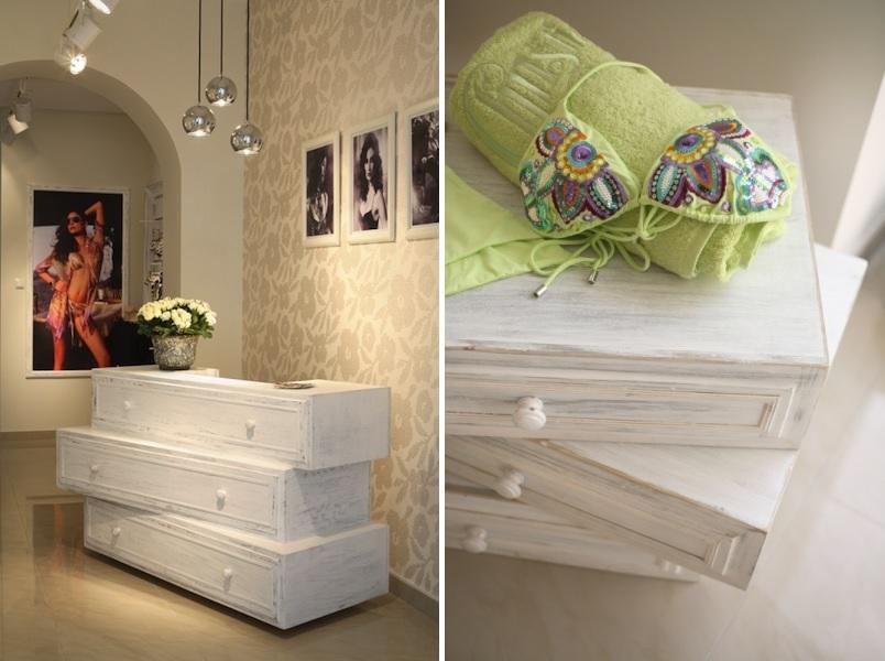 ingenious-wooden-reception-desk