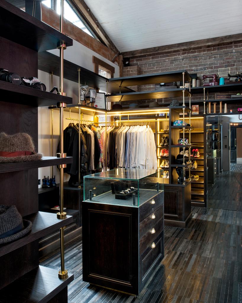 inner-city-warehouse-sydney-ajc-architects-wardrobe