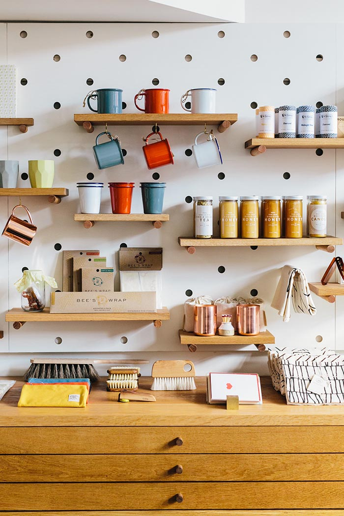 70 Resourceful Ways To Decorate With Pegboards And Other ...