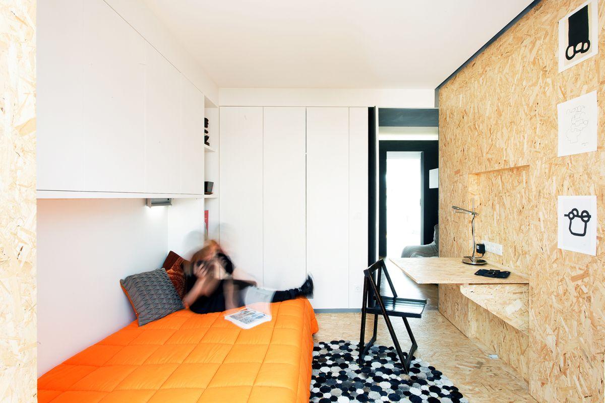 lisbon-student-apartment-bedroom-interior