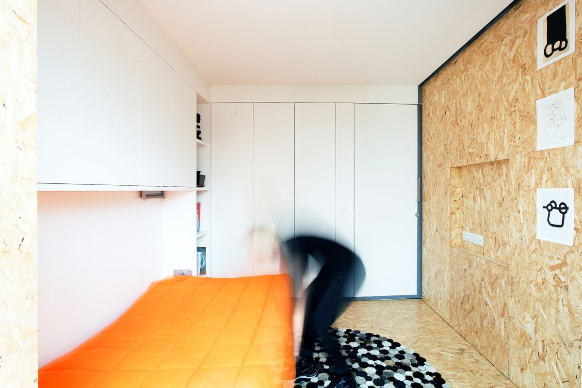lisbon-student-apartment-fold-down-bed