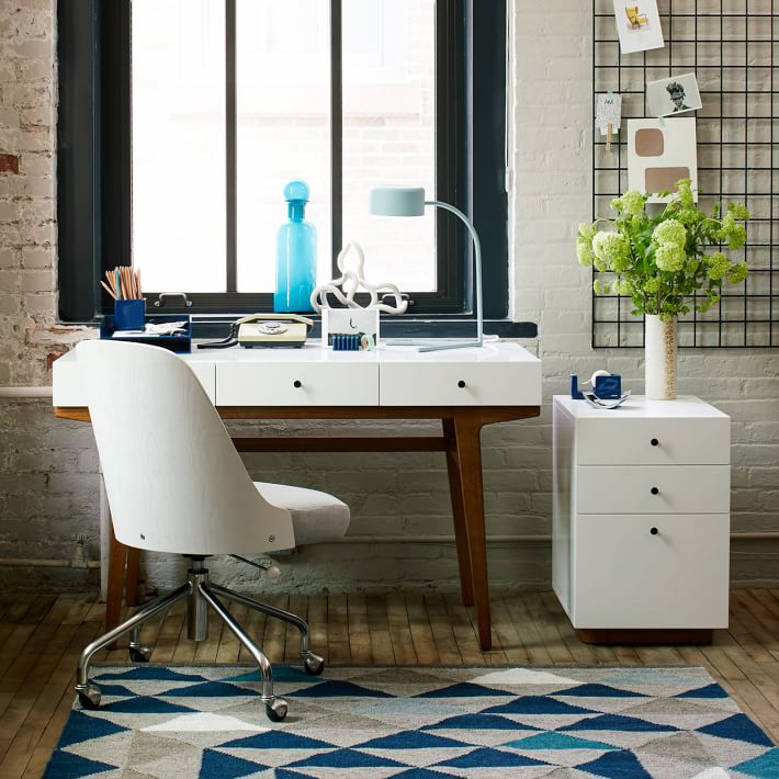 Attractive Modern Computer Desk Designs That Bring Style Into Your Home