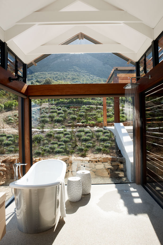 Mountain Romantic Bathroom With View