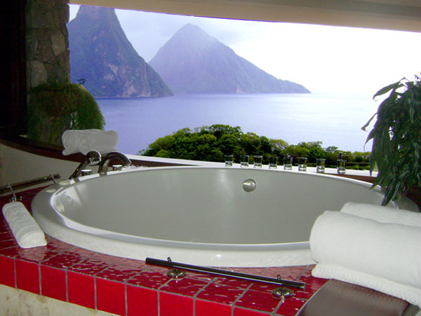 mountain-view-from-bathtub