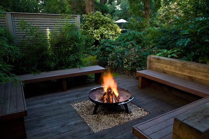 Great Outdoor Corner Bench Central Fire Pit