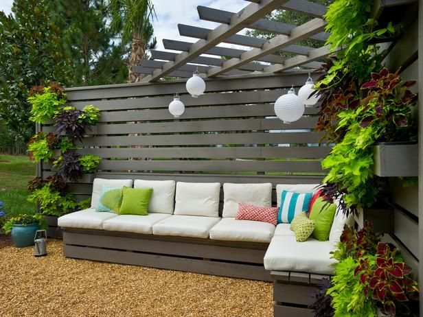 Outdoor Corner Bench Pergola