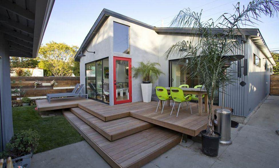 Outdoor Platform Deck