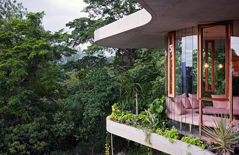 planchonella-house-terraces