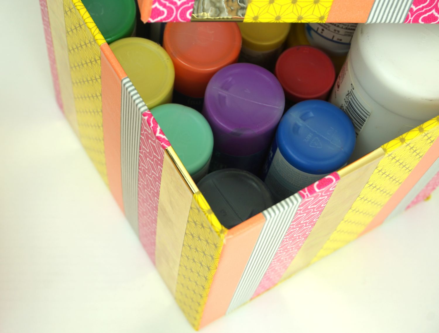 pretty-craft-supply-storage