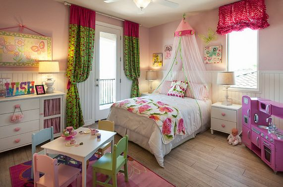princess-themed-room-green-accents