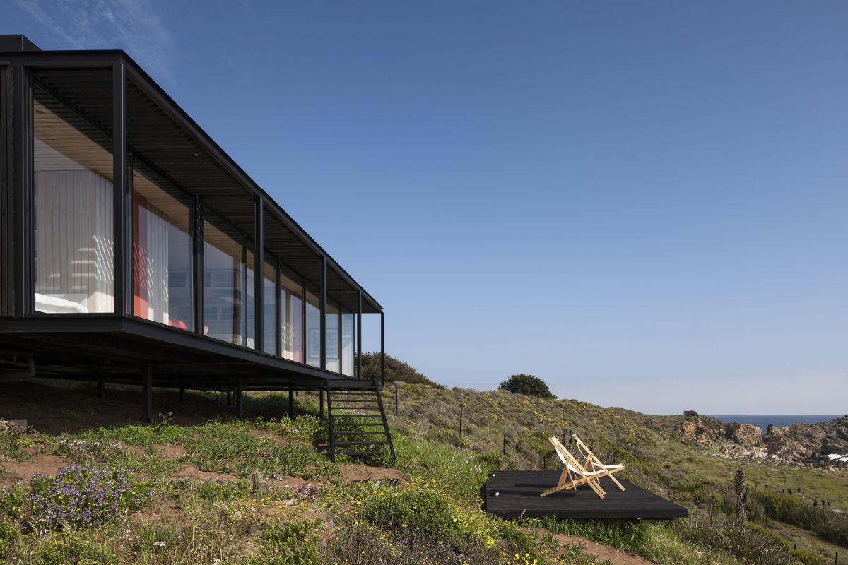 remote-house-felipe-assadi-house
