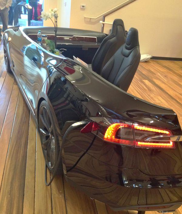 repurpose-a-car-into-a-desk