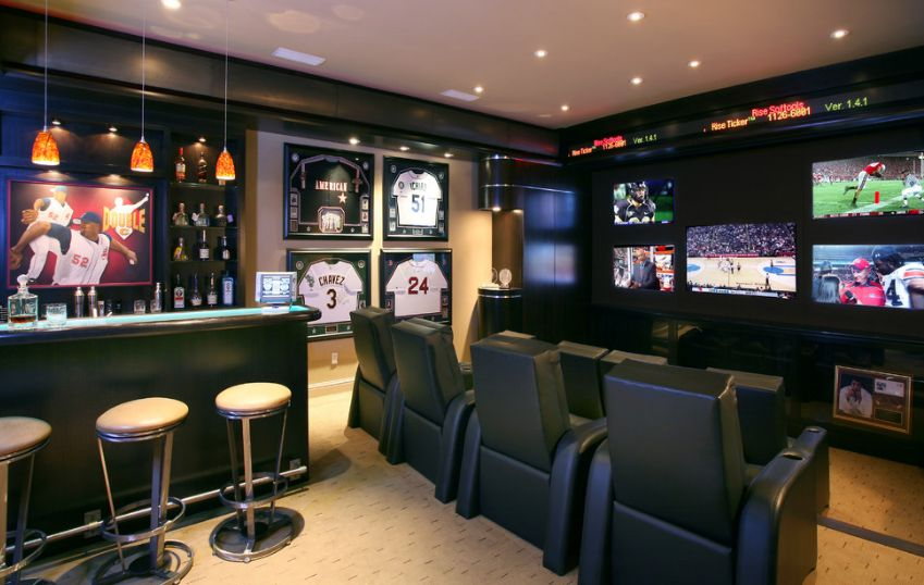 Sport Corner Man Cave Decor