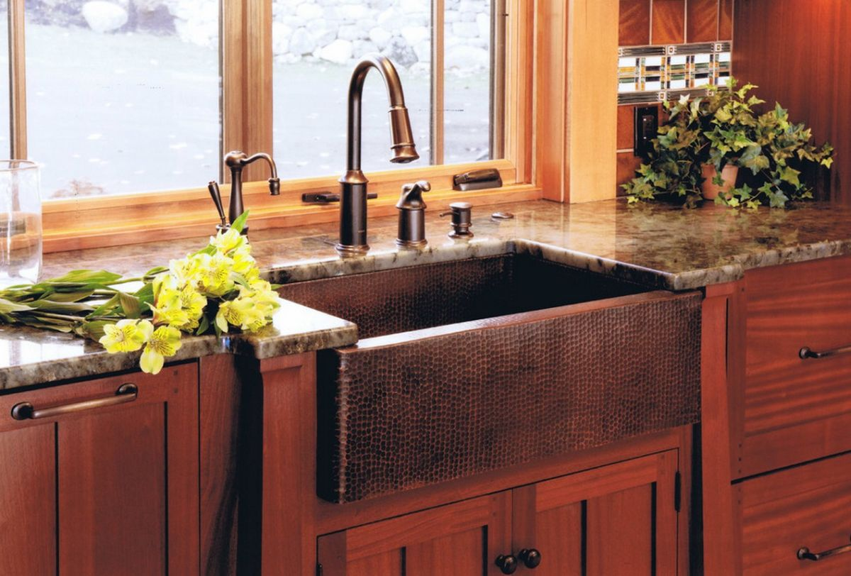 textured-farmhouse-copper-sink