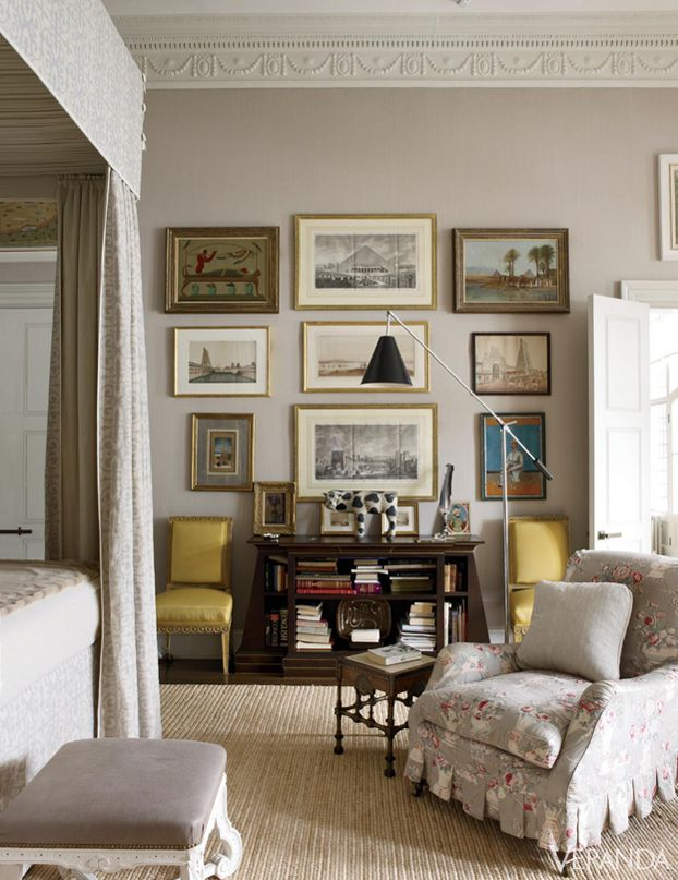 Traditional Taupe Living Room Color