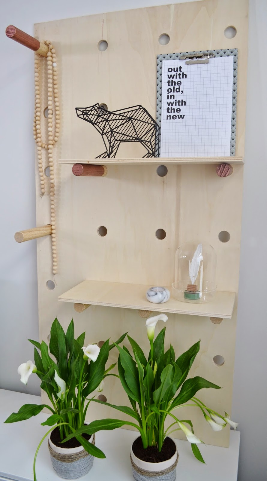 wall-mount-pegboard
