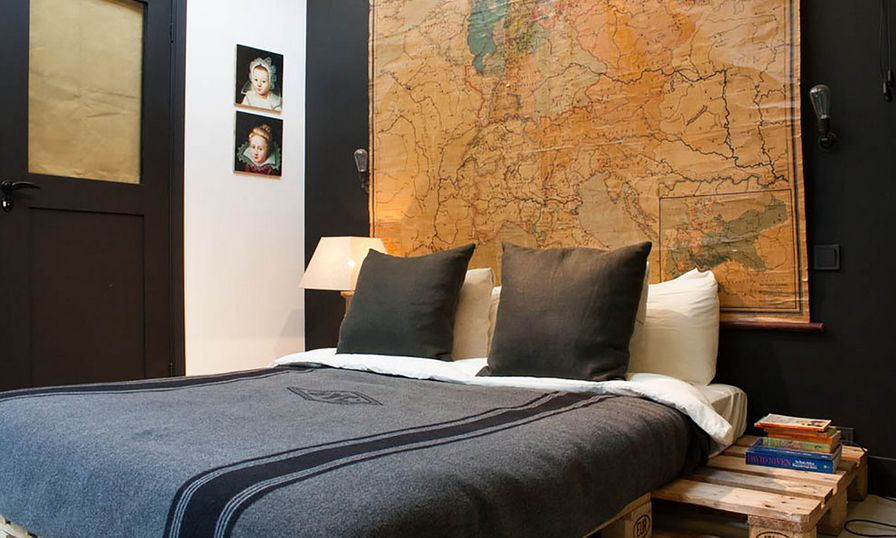 World Map Above Bed Pallet Furniture